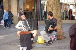 street performers in Munich.